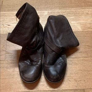 Brown genuine leather boots with plaid lining 10